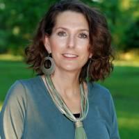 Kathy L Dickinson Gray
